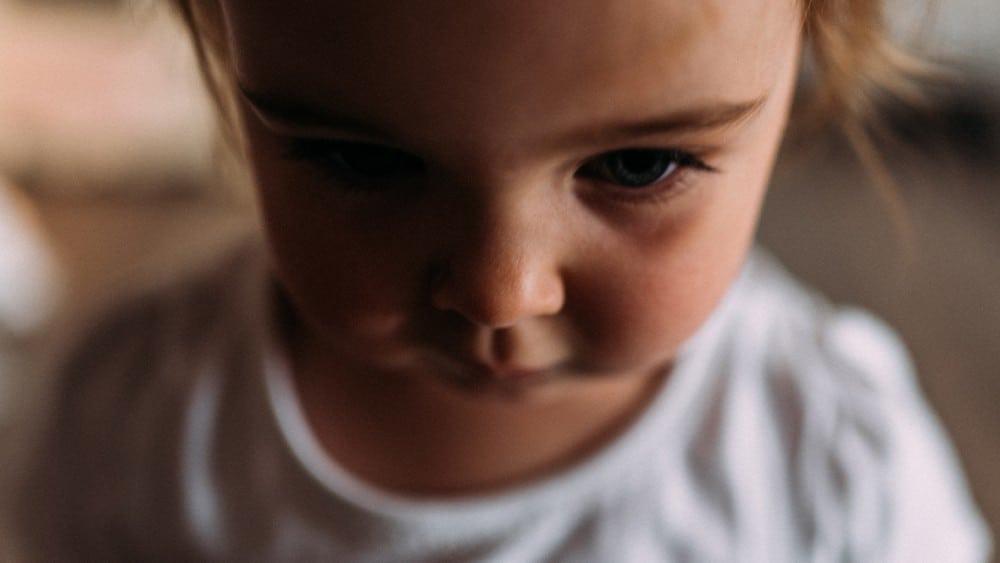 kleines Mädchen Nahaufnahme Gesicht